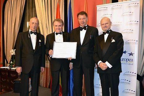 Gilmar recibe la Medalla Europea al Mérito en el trabajo