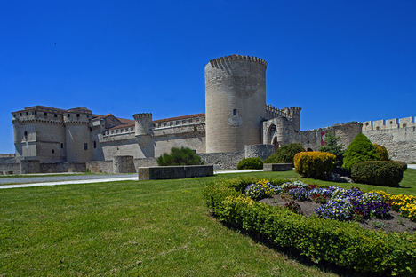 Castillo de los Duques de Alburquerque.
