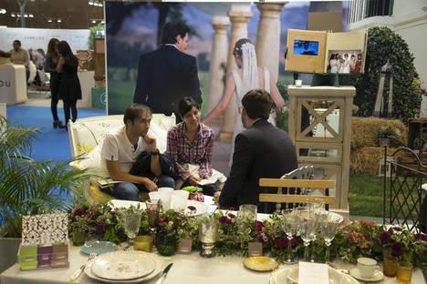 1001 Bodas, cientos de ideas, tendencias y productos para los que planean casarse