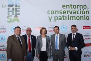 La Junta de Andalucía recibe más de 200 propuestas al Plan Director de las Dehesas de casi una treintena de agentes del sector