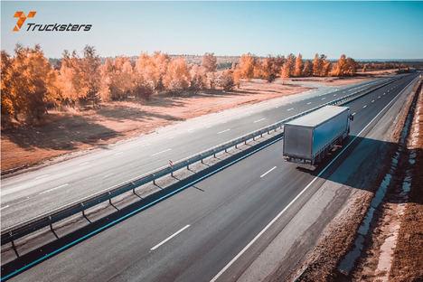 Trucksters permite a los conductores de camión volver a casa por Navidad gracias a los relevos