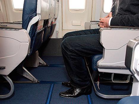 Más de un tercio de los españoles pagarían por tener un espacio reservado en el avión para tener relaciones íntimas