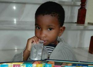 Mumablue y Fundación Tierra de hombres ayudan a niños enfermos procedentes de África