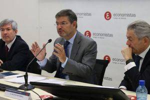 De izda a dcha: Francisco Menargues, Rafael Catalá y Valentín Pich.