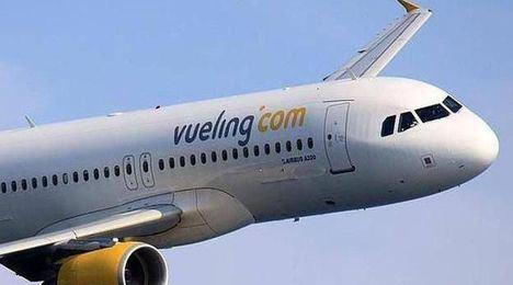 Vueling pagará más de 4.300€ a una pasajera que sufrió un accidente al desembarcar del avión