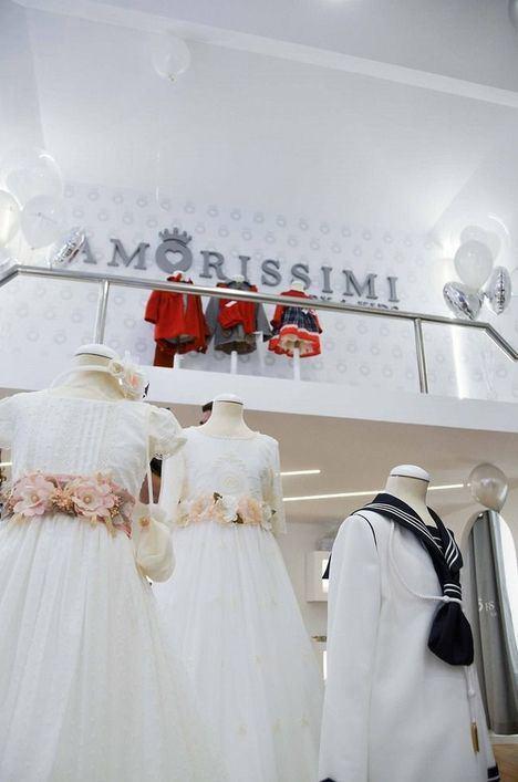 La empresaria Johanna Manzanaro, Presidente y Fundadora de Amorissimi, acudio a la inauguración de la boutique de San Sebastián
