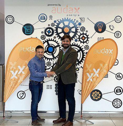 Audax firma con Praxia Energy un acuerdo para desarrollar 100 MW de proyectos fotovoltaicos a nivel nacional