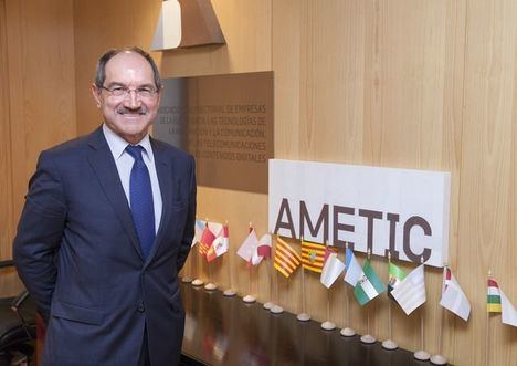 Pedro Mier, presidente de AMETIC .