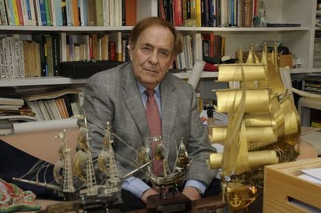 Ramón Tamames, Catedrático de Estructura Económica,Cátedra Jean Monnet de la UE de la Real Academia de Ciencias Morales y Políticas.