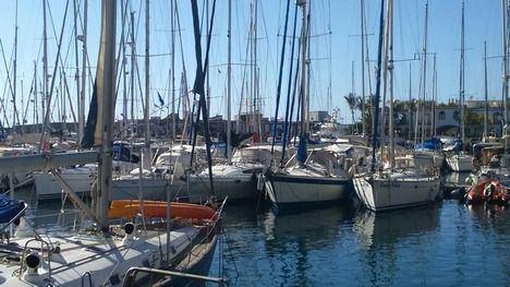 Las tareas de mantenimiento, reparación y construcción de embarcaciones de recreo, y realización de traslados y pruebas de mar están permitidos a profesionales durante el estado de alarma