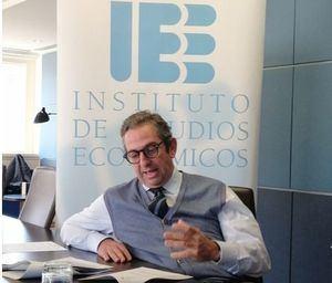 Íñigo Fernández de Mesa, Presidente del Instituto de Estudios Económicos.