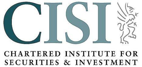 Los estudiantes de escuelas y universidades que han cursado cualificaciones CISI este año académico obtienen resultados brillantes