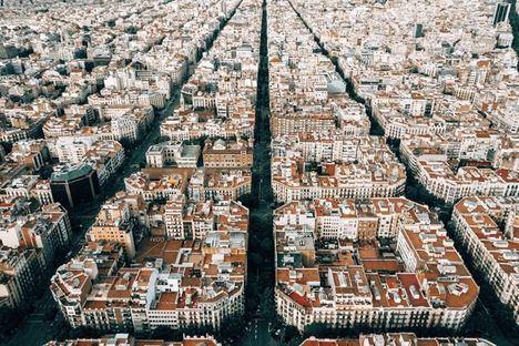 La oferta de alquiler cae más de un 40% en Barcelona un año después de la aprobación de la ley