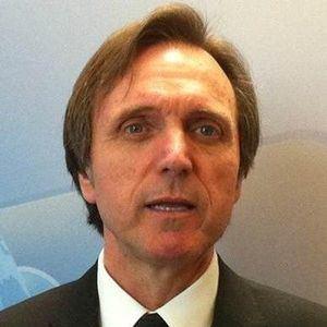 Ramón Casilda Béjar, Profesor del Instituto de Investigación en Estudios Latinoamericanos.