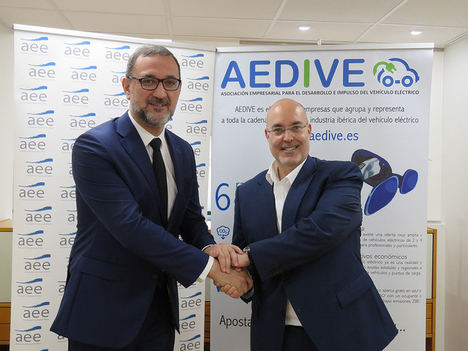 AEDIVE y AEE firman un convenio de colaboración para impulsar acciones relacionadas con el automóvil eléctrico y la energía eólica en España