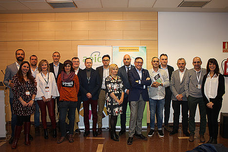 Los representantes de las entidades integradas en Cinntur, durante el acto de presentación que se ha celebrado en Valladolid, en el marco de la Feria Intur.