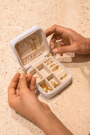 La firma de joyas ALEYOLÉ multiplicará sus ventas por seis hasta superar los 5 millones de euros