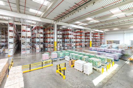 AR Racking equipa el nuevo centro logístico de Dossin Entrepôts