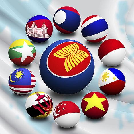 Toda la oferta turística del sudeste asiático en la espectacular bahía de Ha Long en Vietnam
