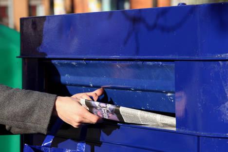 En los meses navideños se recogerá para reciclar un 10% más de papel y cartón con respecto a la media mensual anual, según la previsión de ASPAPEL