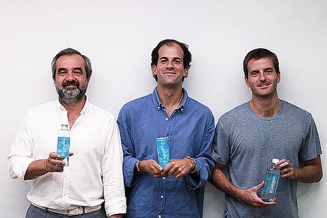 De izqda. a dcha.: Luis de Sande, Pablo Urbano y Antonio Espinosa de los Monteros, los tres fundadores de AUARA.