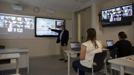 Las aulas para la doble presencialidad son ya una realidad en las Universidades CEU