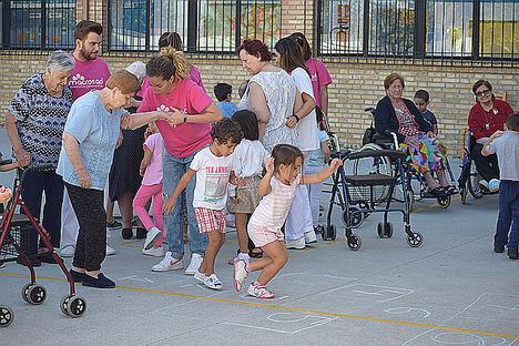 Actividad Intergeneracional de Macrosad.
