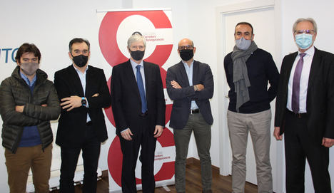 De izda. a dcha.: Kiko Julià, Santi Rovira, Carlos Navarro, Guillem González, Ricard Cabot y Jaume Miquel.