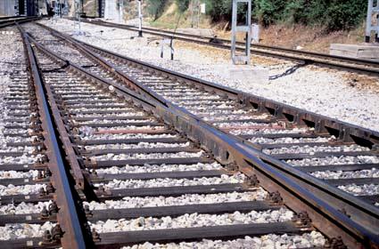 Adif licita el suministro de repuestos de aparatos de vía para la red de Alta Velocidad por 26,62 millones de euros