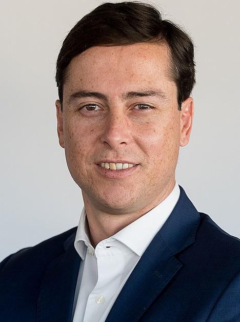 Adolfo Guerrero, Linklaters.