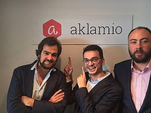 Iván Cabezuela, Country Manager de Aklamio España; Andreu Iglesias, Responsable de Cuentas de Aklamio España, y Bruno Bucher, Responsable de Clientes de Aklamio España.