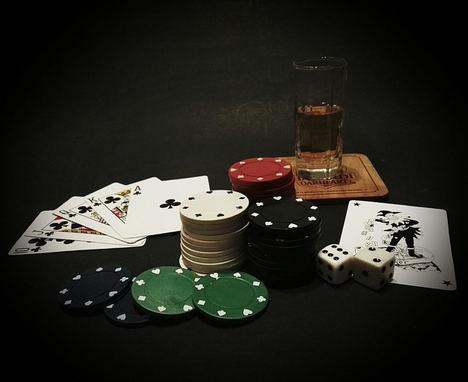 A la hora de jugar en los casinos en línea: ¿es posible obtener ganancias?