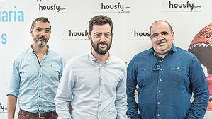 Albert Bosch, Miquel A. Mora y Carlos Blanco, Housfy.