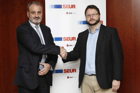 De izqda a dcha: Alberto Sáez, Consejero Delegado LeasePlan España, y Marc Bayo, director de SEUR Now.