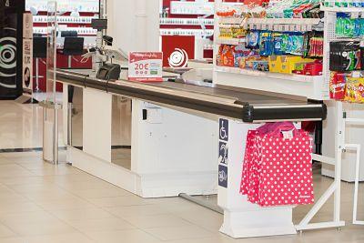 HMY colabora con Auchan Retail España en la instalación de cajas de pago accesibles