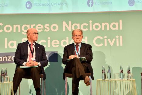 La sociedad civil apela a la generosidad política para recuperar los espacios de unión y encuentro en España