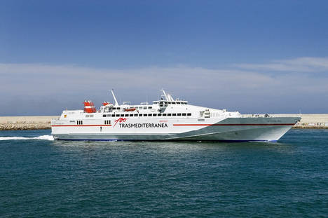 Trasmediterranea amplía hasta el 1 de octubre la conexión Gandia-Ibiza de alta velocidad
