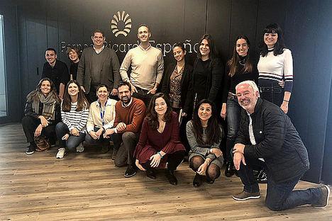 Los alumnos del Máster CEU-Publicis presentan sus campañas en la sede de Ruavieja