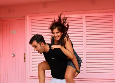 AmorSocks los emprendedores Luis y Martina.