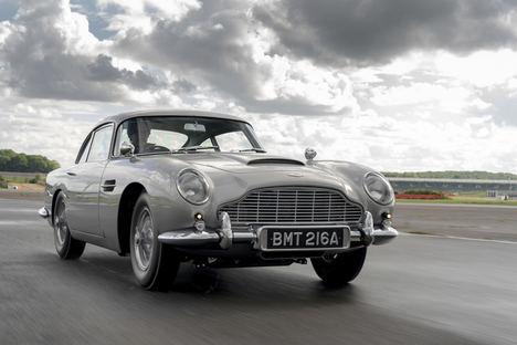 Haciendo historia: el primer Aston Martin DB5 Golfinger en más de 50 años ya ha visto la luz