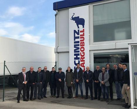 Astre visita el centro de producción de Schmitz Cargobull AG de Figueruelas (Zaragoza)