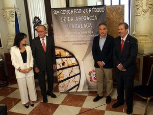 Inmaculada Atencia, Francisco de la Torre, Elías Bendodo y Francisco Javier  Lara.