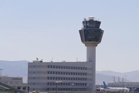Indra prepara el aeropuerto de Atenas para su recuperación tras la Covid-19