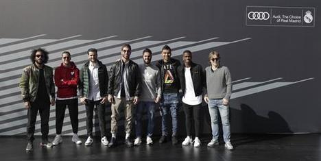 Los jugadores del Real Madrid reciben sus nuevos Audi