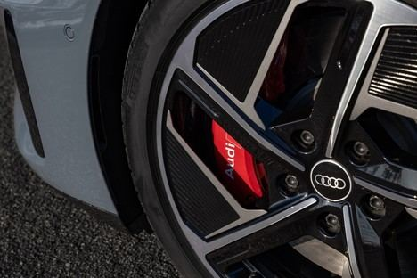 Aluminio sostenible para las llantas del Audi e-tron GT