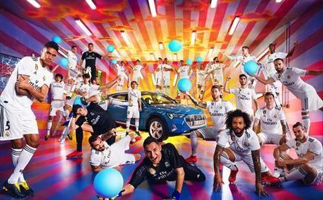 El prestigioso artista David LaChapelle fotografía al Real Madrid con el Audi e-tron