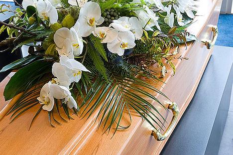 Aumenta la compra online de coronas fúnebres, según La Floristería del Tanatorio