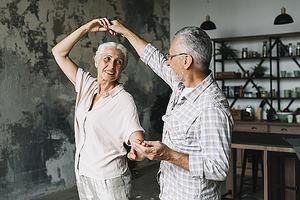 ¿Es posible mantenerse activo sin salir de casa?
