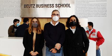 """El Balneario El Raposo aporta 3 alumnos al curso de postgrado """"Black Belt Lean Practitioner"""" impartido por la Deutz Business School"""