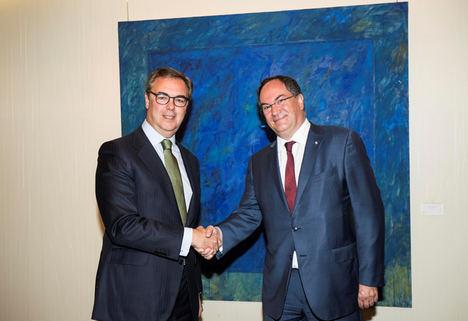 Bankia y Crédit Agricole cierran el acuerdo para iniciar la creación de una joint venture de crédito al consumo